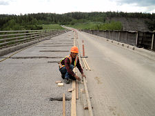Kiskatinaw Bridge — Setting Screed Machine Rails